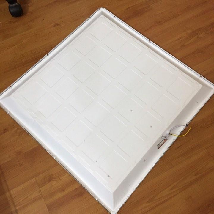 Đèn led panel âm trần 600x600